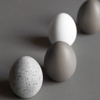 Standing Egg – White